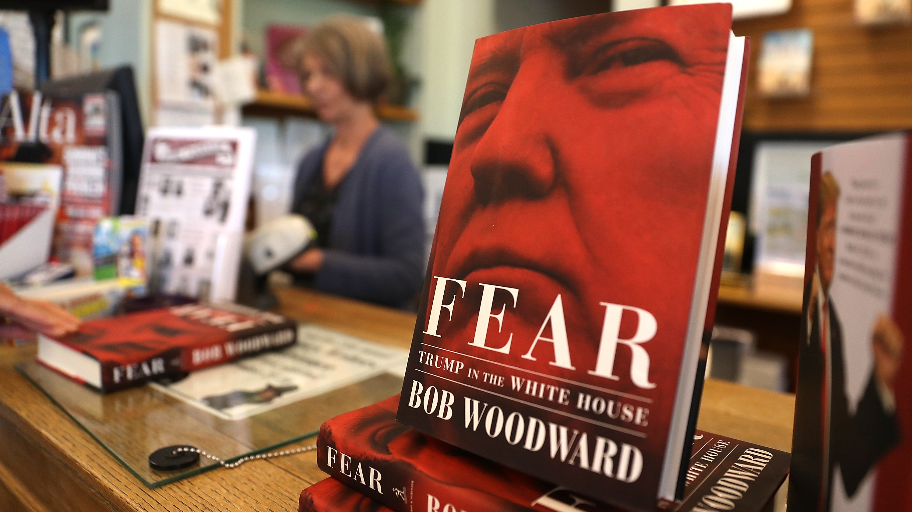 Amazon Confuses Bob Woodward For L. Ron Hubbard, Sending Reviews For Fear Tumbling