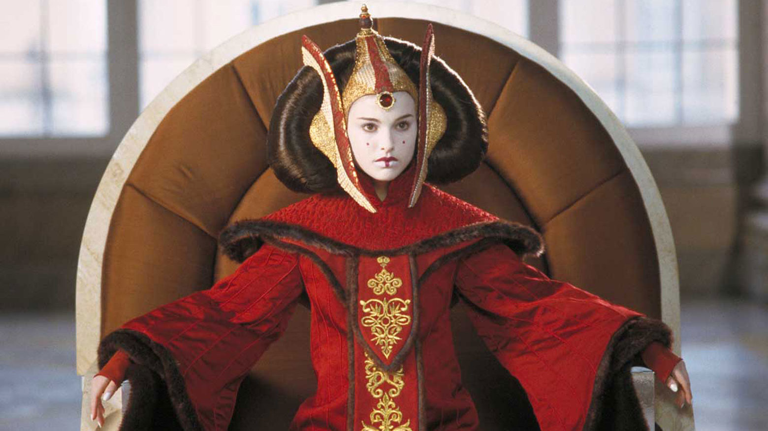 Natalie Portman Isn't About To Take Any Sass On The Star Wars Prequels In This New…Rap?