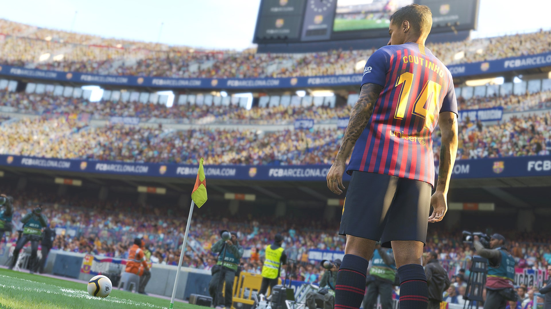 Pro Evolution Soccer 2019 And Horizon Chase Turbo Are July's