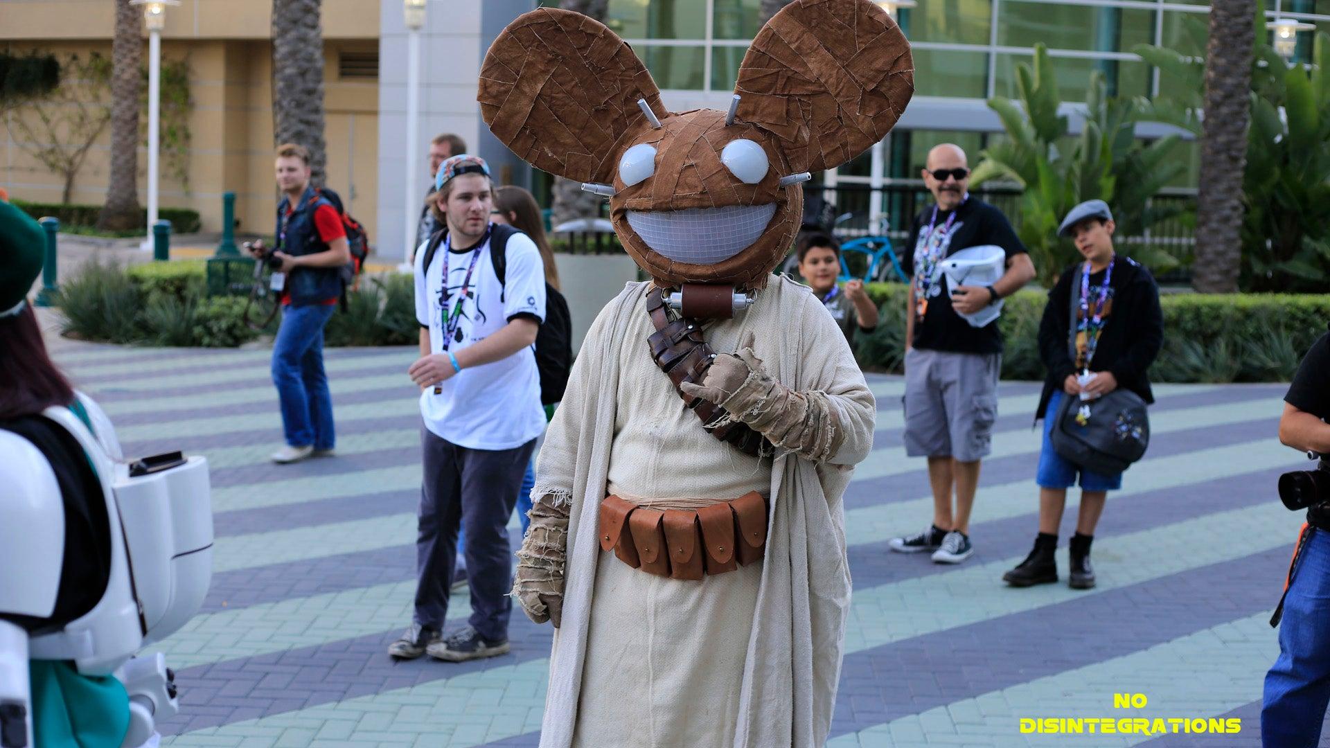 So Many Mandalorian Mercs At Star Wars Celebration 2015