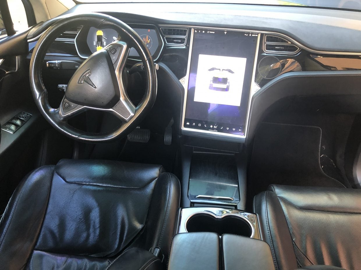 What Happens When You Drive A Tesla Model X Over 640,000km
