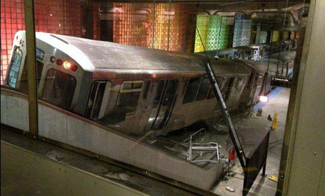 Train Derails at Chicago Airport, Makes It Halfway Up the Stairs