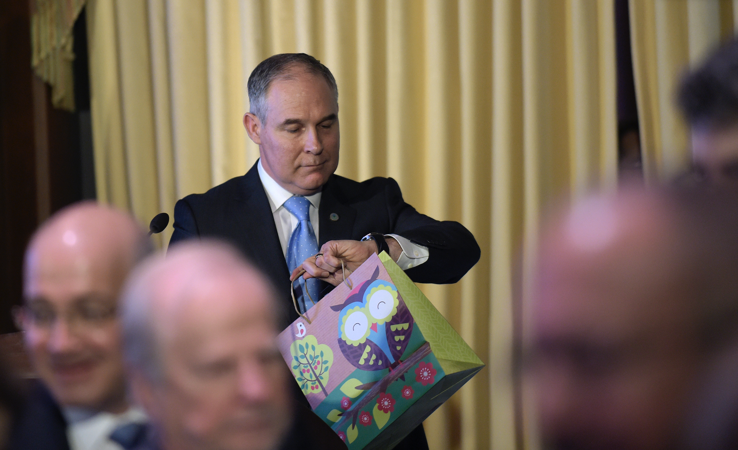 Report: EPA Investigates EPA Head Scott Pruitt For His Climate-Denying Garbage
