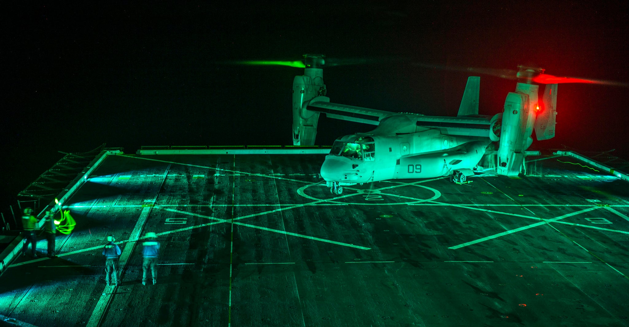 Awesome Photo Of The V-22 Osprey At Night Makes It Look So Eerie
