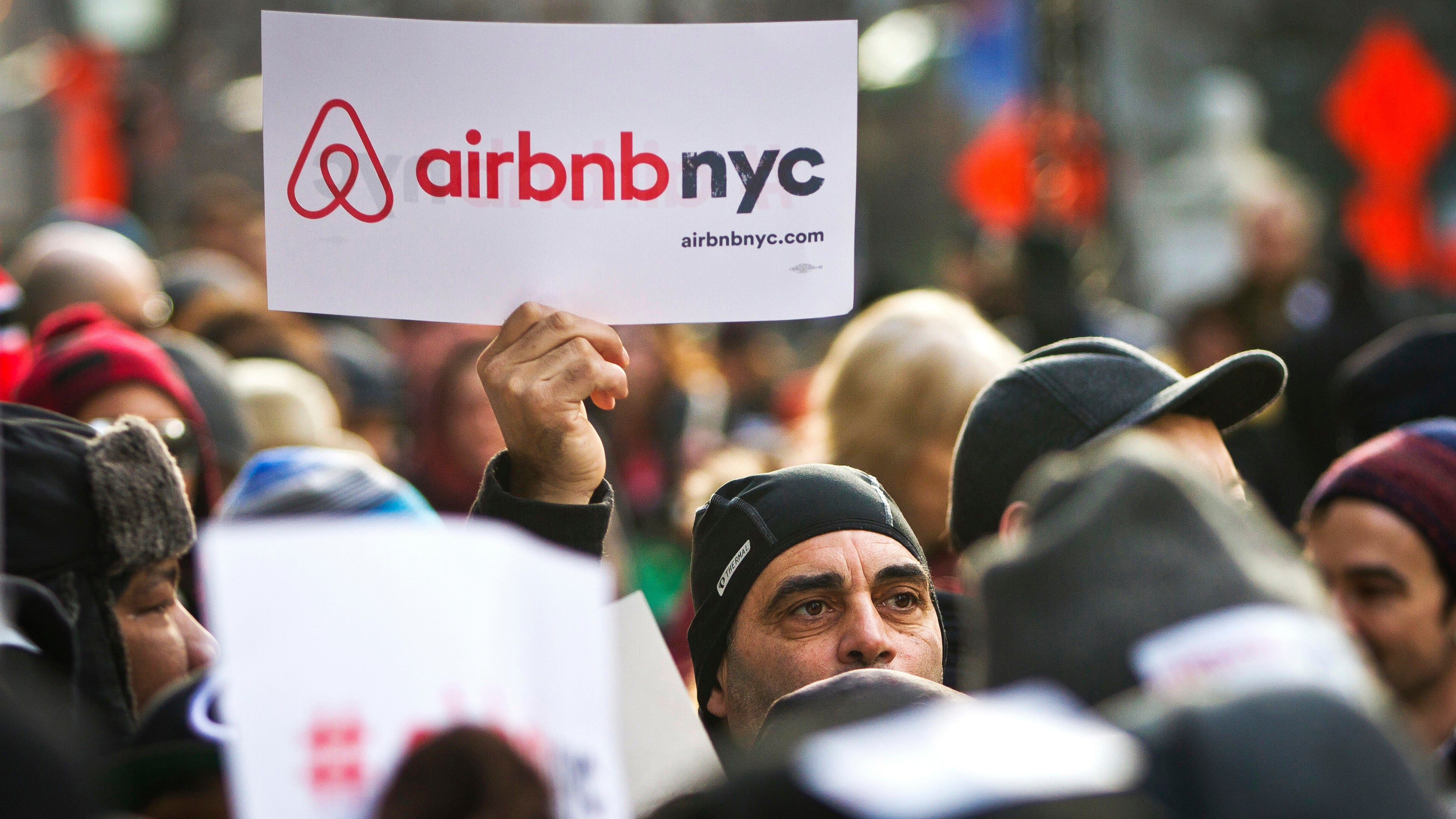 Report: New York Police Are Cracking Down On Small-Scale Airbnb Rentals