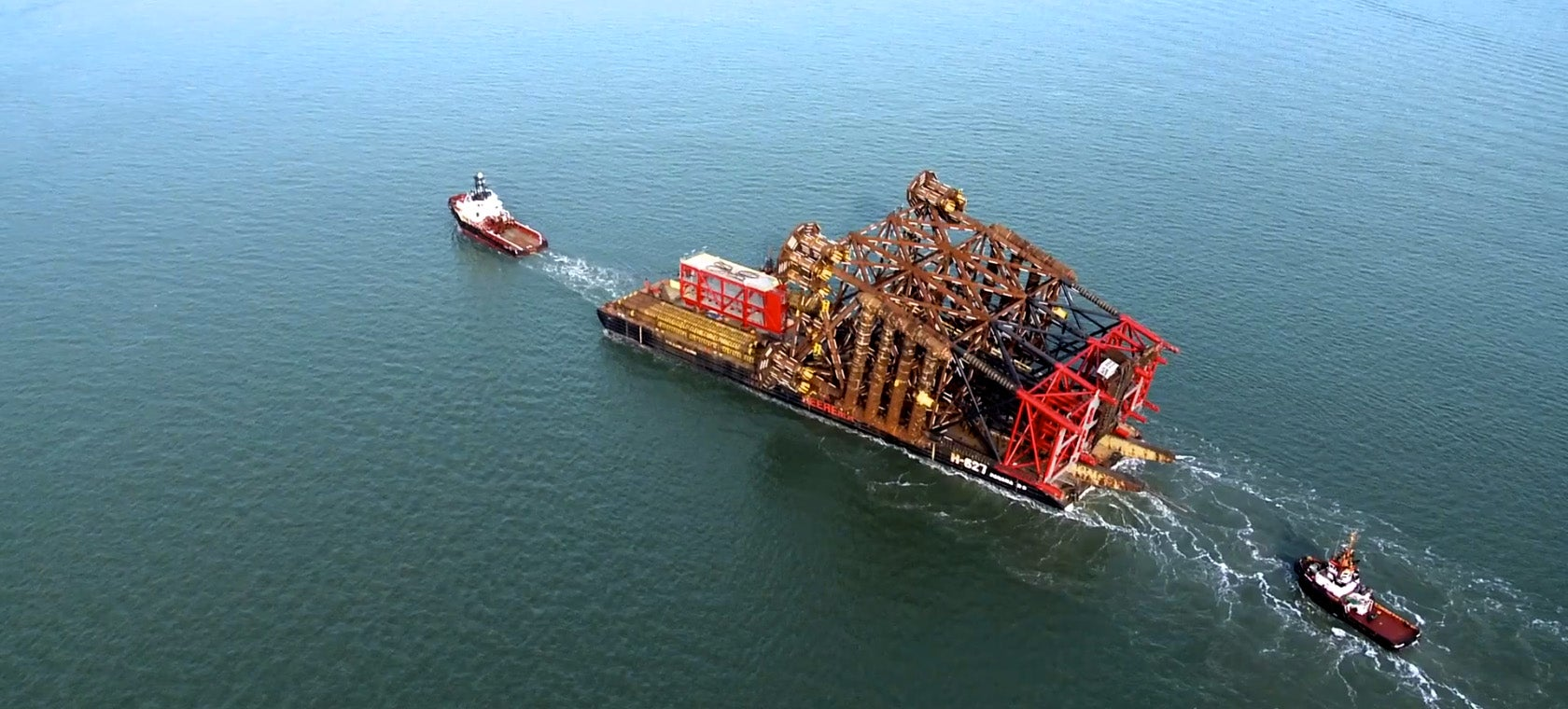 Watch this 9,259-ton oil platform launch in less than a minute