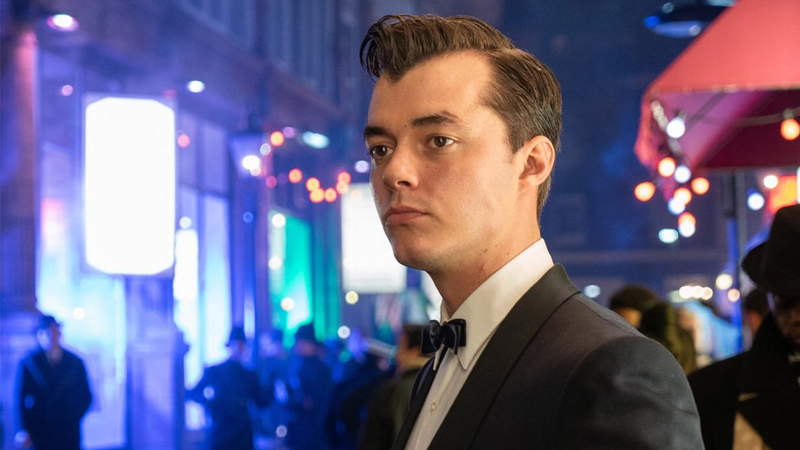 The Alfred Pennyworth TV Show Is Adding A Second Wayne, And A Queen (Maybe TheQueen)