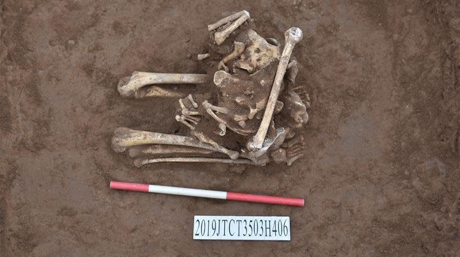 Kneeling, Decapitated Skeleton Offers Evidence Of Ancient Chinese Sacrificial Custom