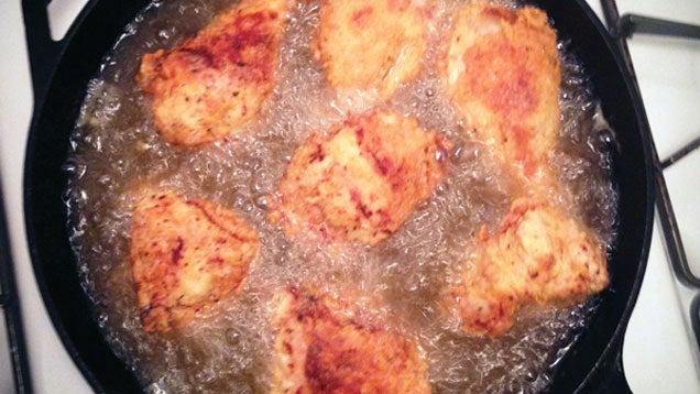 Make Tastier Fried Chicken in a Cast Iron Skillet