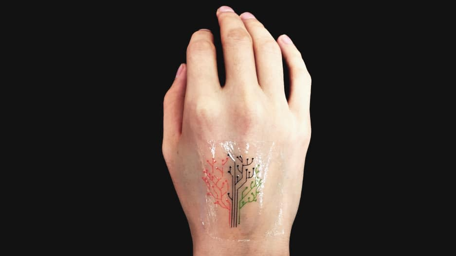 This Temporary Tattoo Is Made From Living Cells