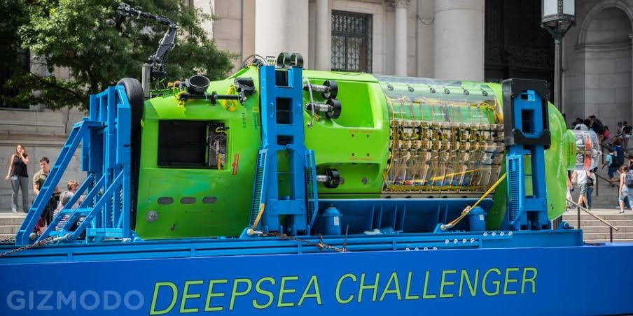 A Look At the Sub That Took James Cameron To the Bottom of the Sea