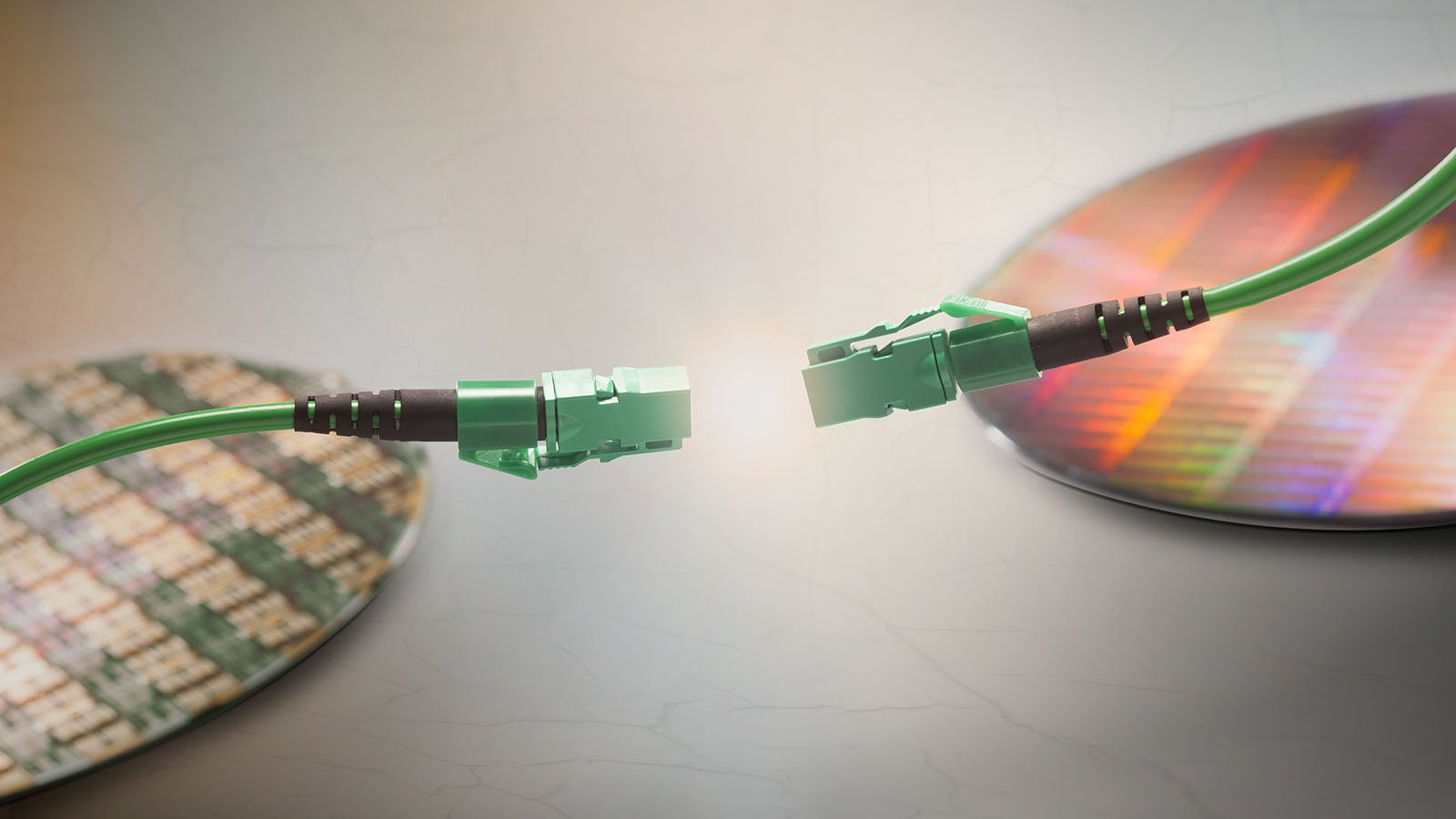 A Little Intel Cable That Moves Data at a Staggering 800Gbps