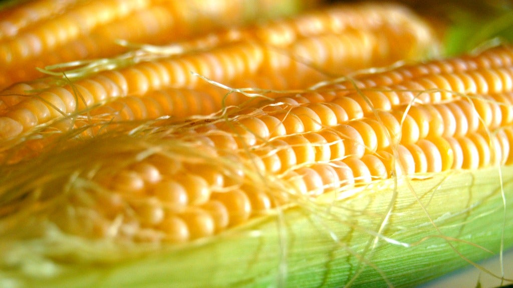 PSA: You Don't Need To Cook Corn