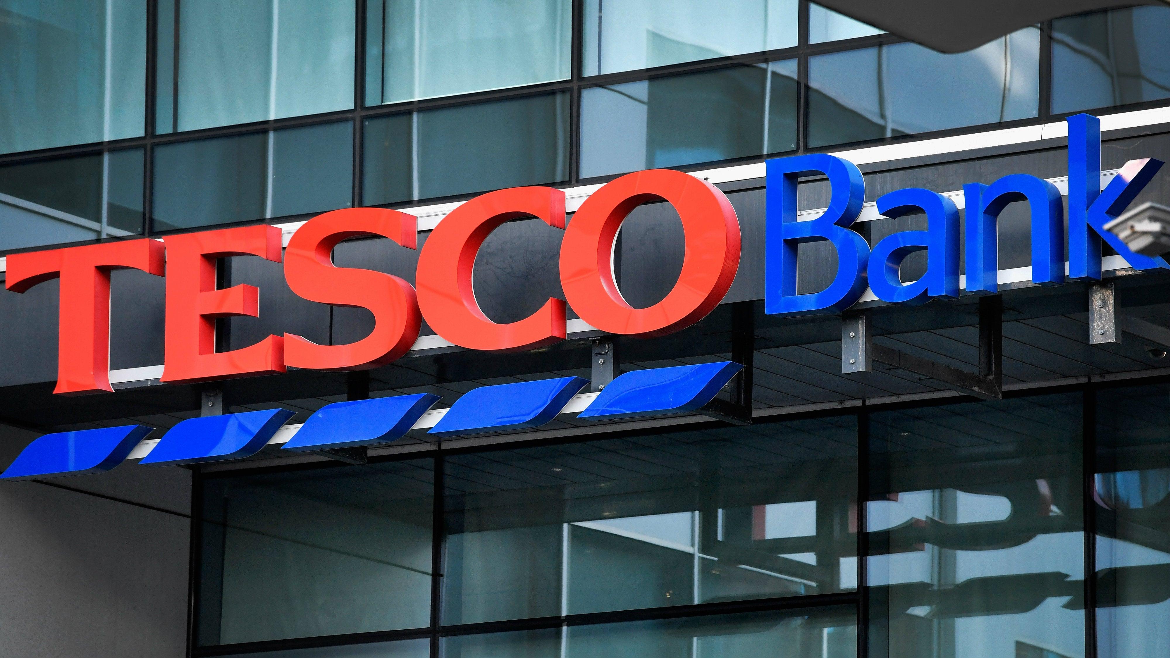 Bank Suspends Online Transactions After 20,000 People Have Money Stolen