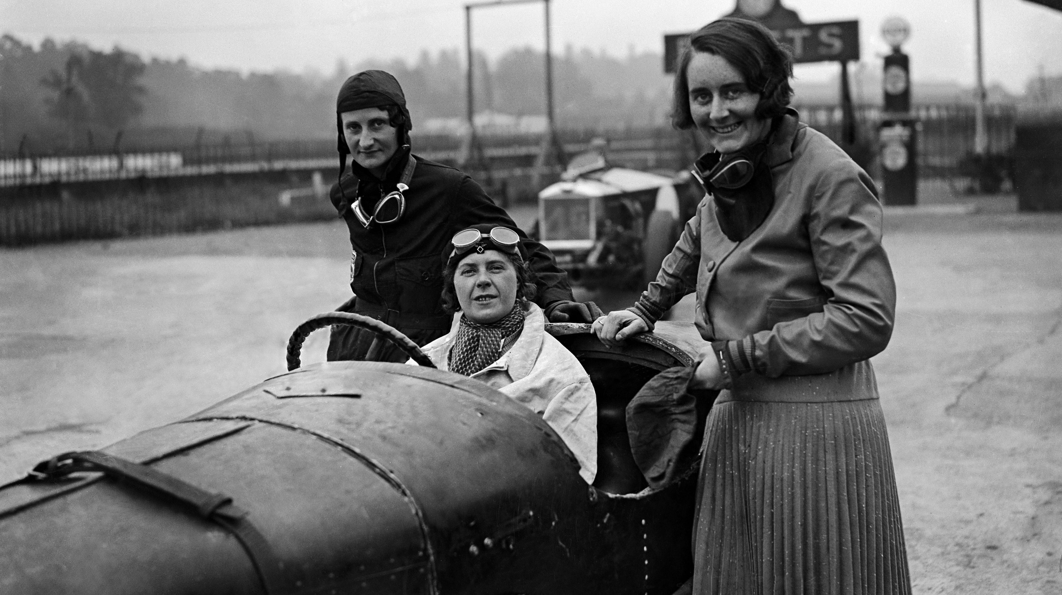 Elsie Wisdom Proved That Women Could Have A Family And Kick Arse At Racing, Too