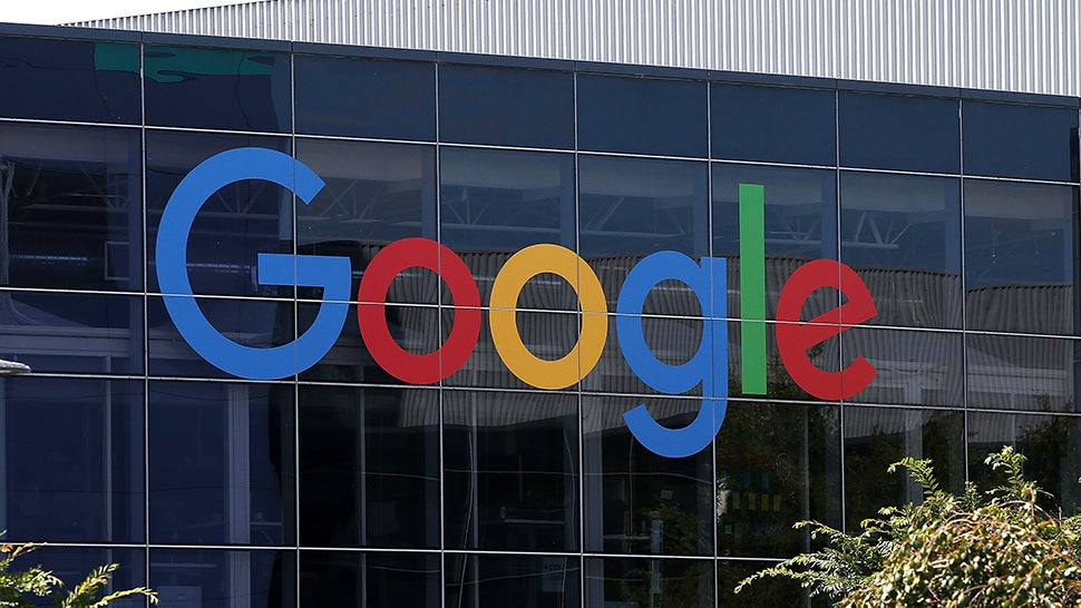 US Judge Breaks Precedent, Orders Google To Give Foreign Emails To FBI