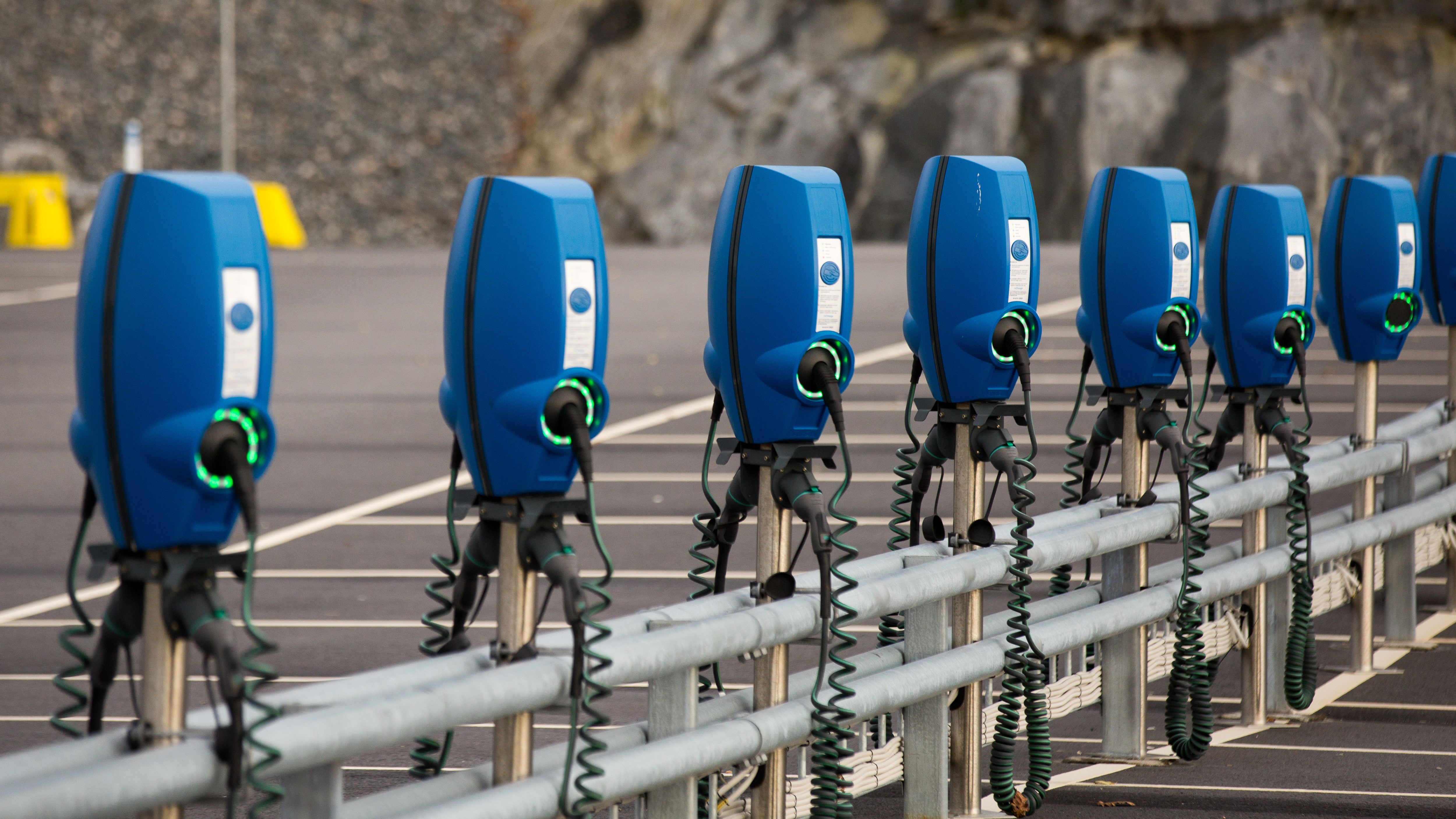 How To Find A Compatible Electric Car Charging Station Using Google Maps