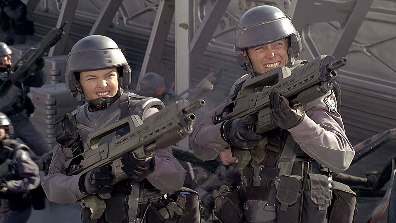 This Video Explores Starship Troopers' Messy Satirical Relationship With Fascism