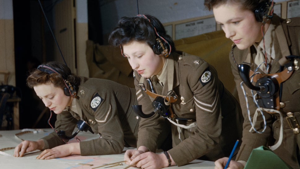 These Rare Colour Photos From The Second World War Are Incredible