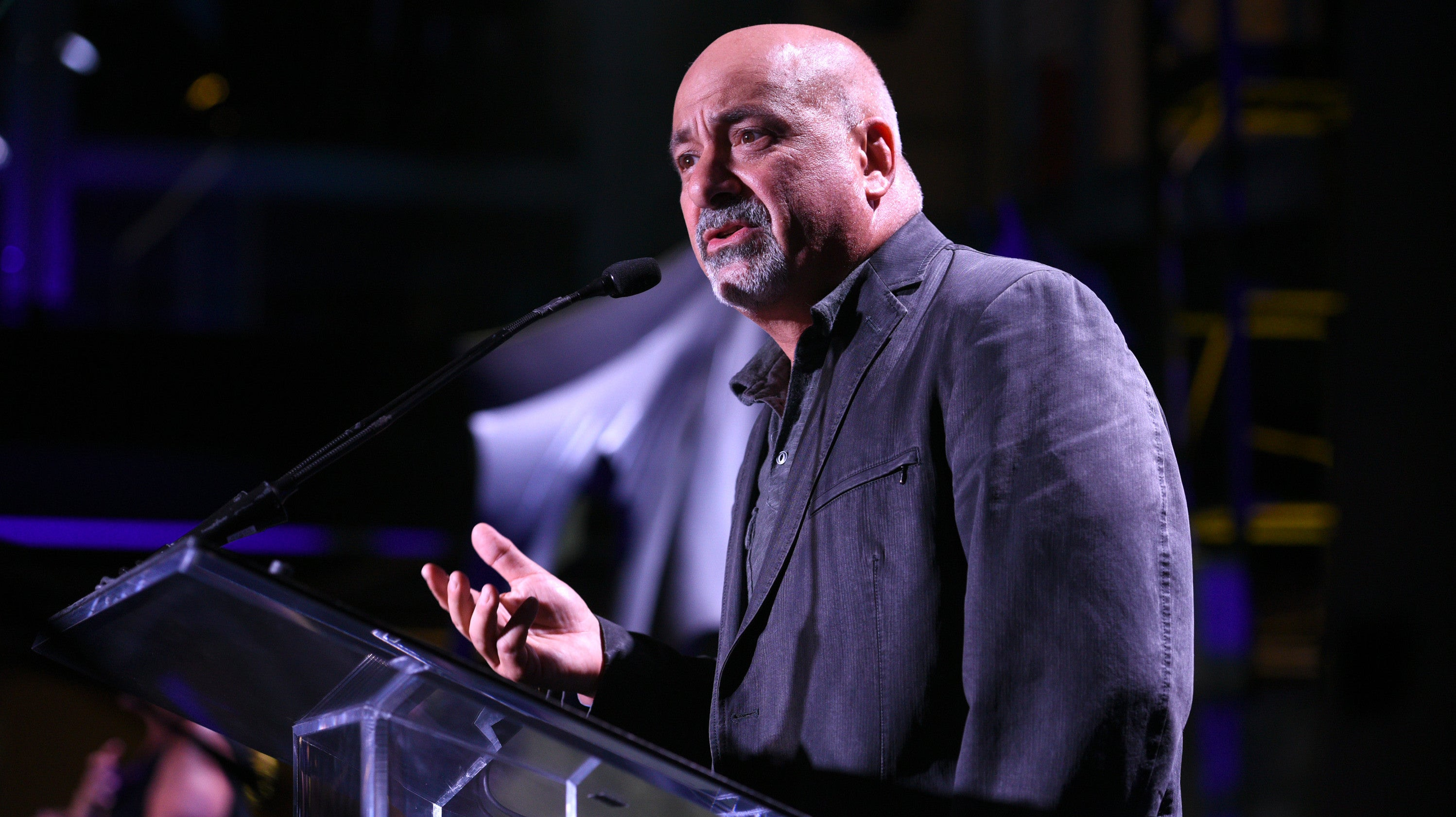 DC Comics Publisher Dan DiDio Is Leaving The Company