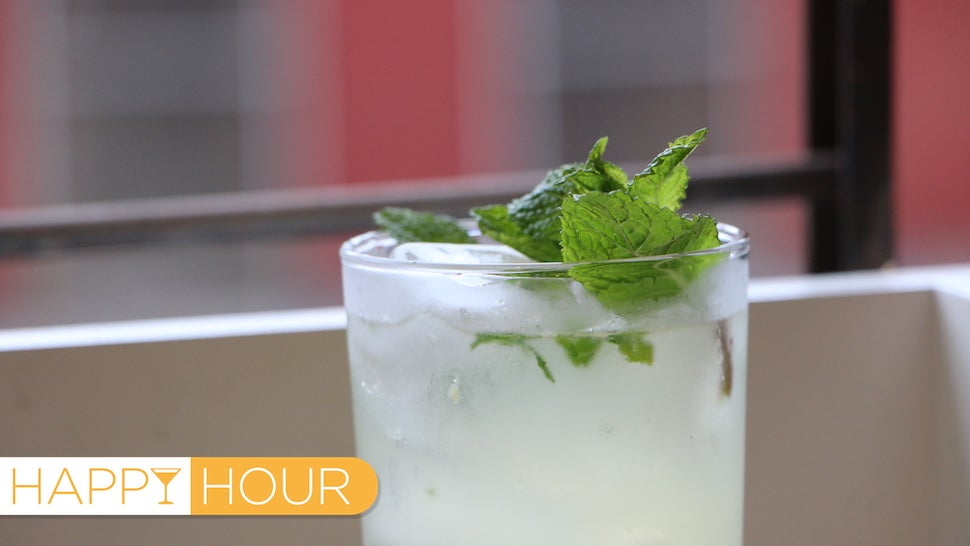 How to Make a Delicious Cocktail Using Prohibition-Era Hacks