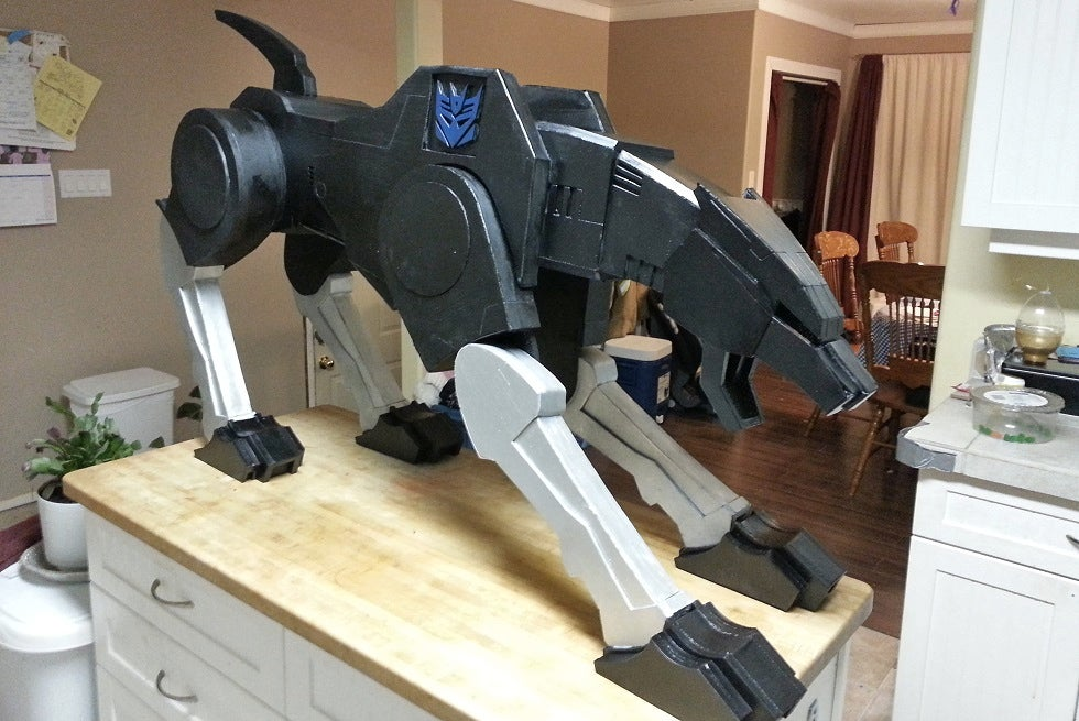 The Best Pet Ever Is a Life-Size Version of Ravage From Transformers