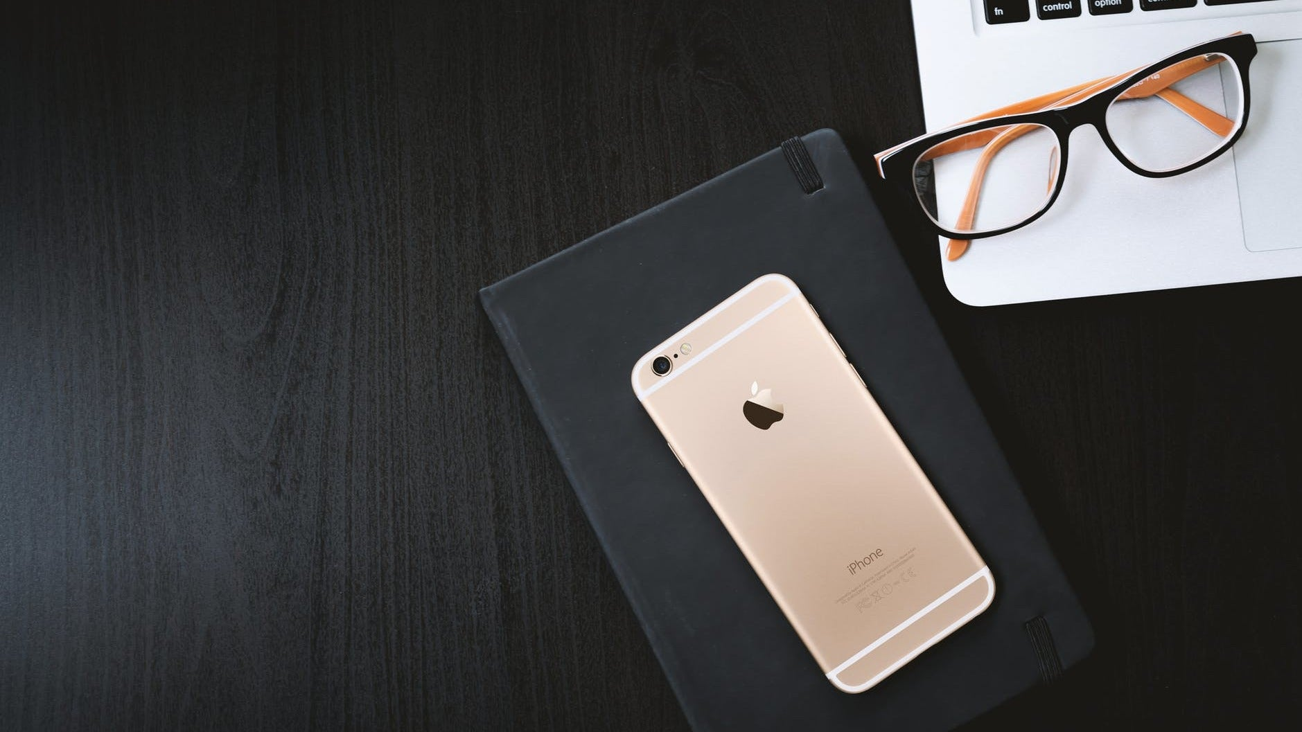 How To Tell If Your iPhone 8 Is EligibleFor A Free Logic Board Replacement