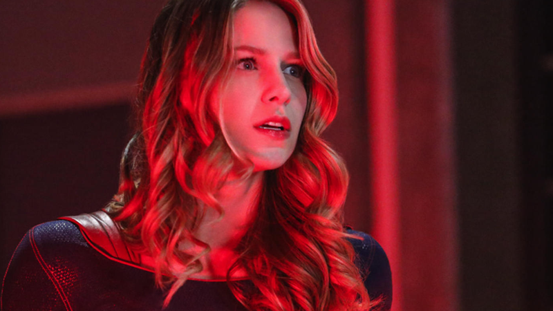 Kara Ditches The Skirt In Her New Supergirl Season 5 Outfit