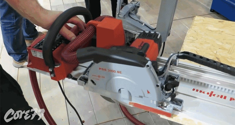 This Self-Propelled Circular Saw Keeps Your Fingers Completely Safe