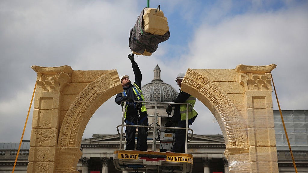 Replica of Syria's Arch of Triumph Built in London From 3D Scans