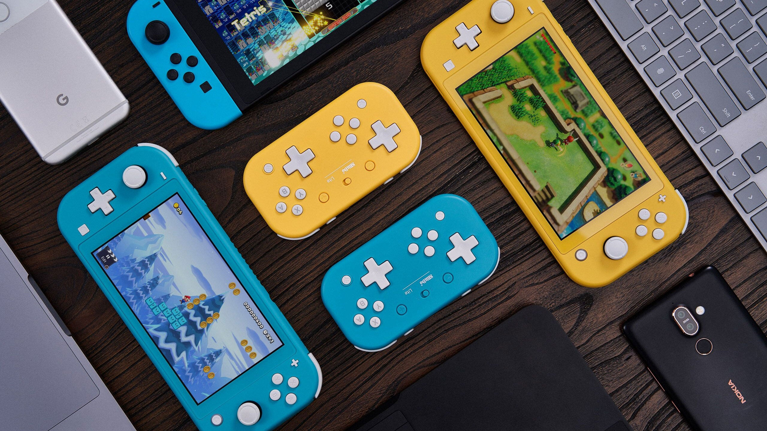 8BitDo's Switch Lite-Inspired Controller Has Two D-Pads