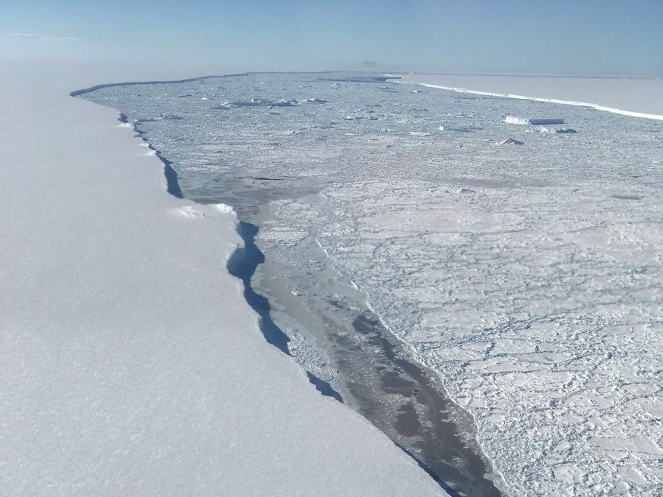 NASA released awesome close-up images of the giant new iceberg in Antarctica