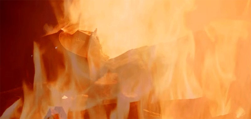 Curl Up This Winter With Five Straight Hours Of a Burning Darth Vader Yule Log