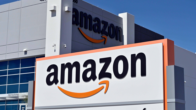 US Senator Wants To Open A Criminal Investigation Into Amazon's Algorithmic Monopoly