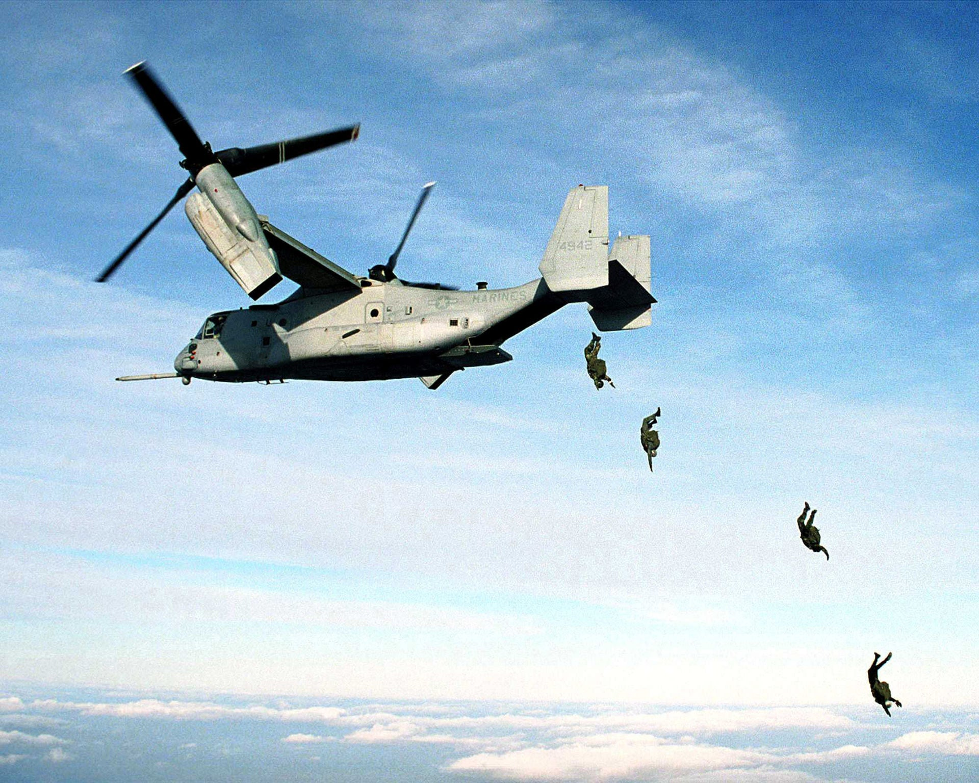 The interior of the V-22 Osprey could have been used in Aliens