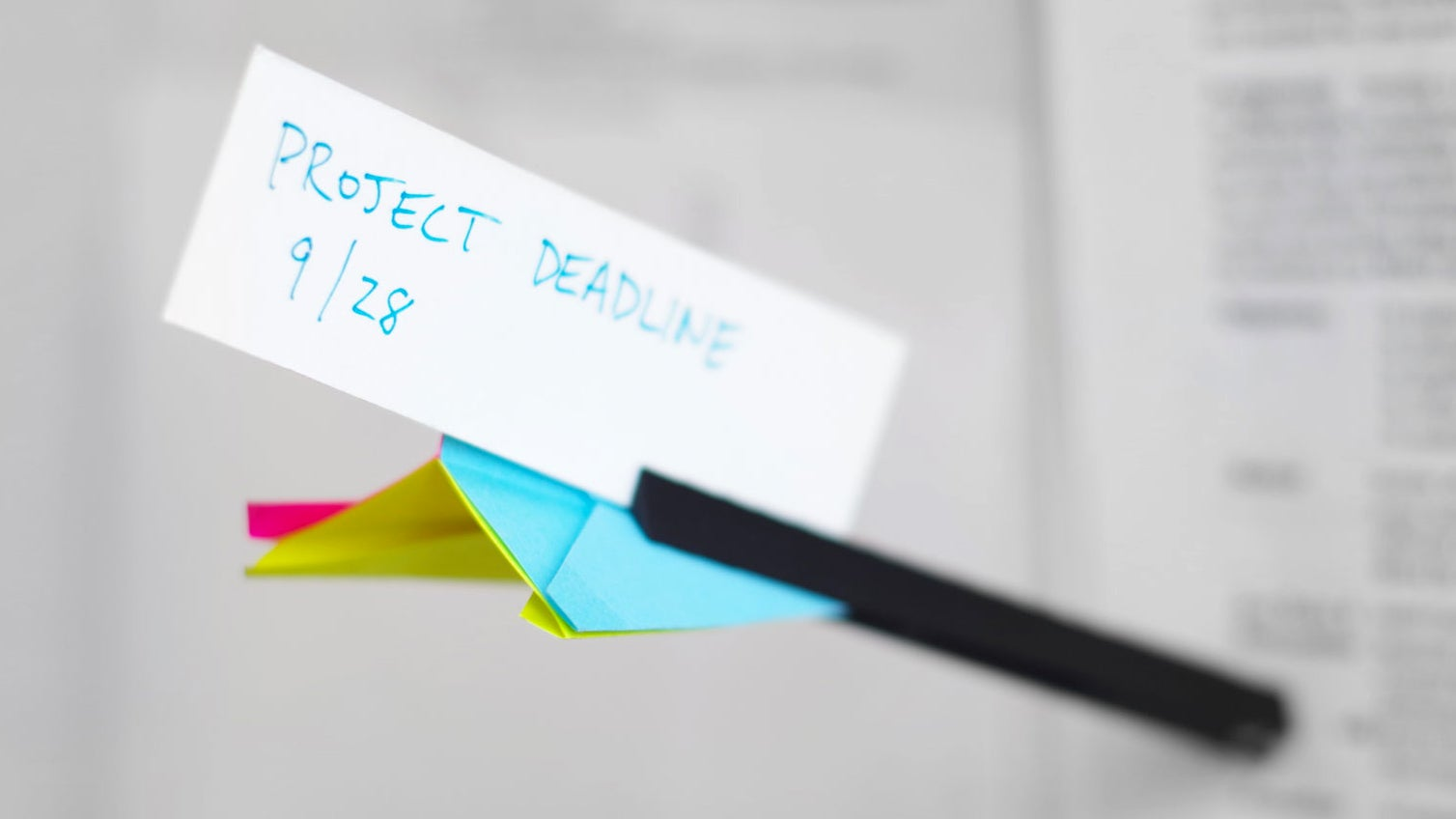 Office Supplies Turn This 3D-Printed Plastic Tube Into a Throwable Dart