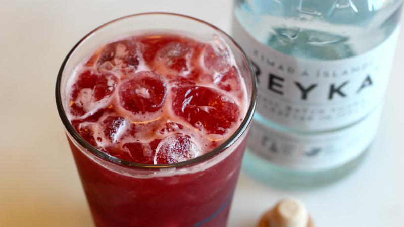 3-Ingredient Happy Hour: Cherry Orchard Breeze