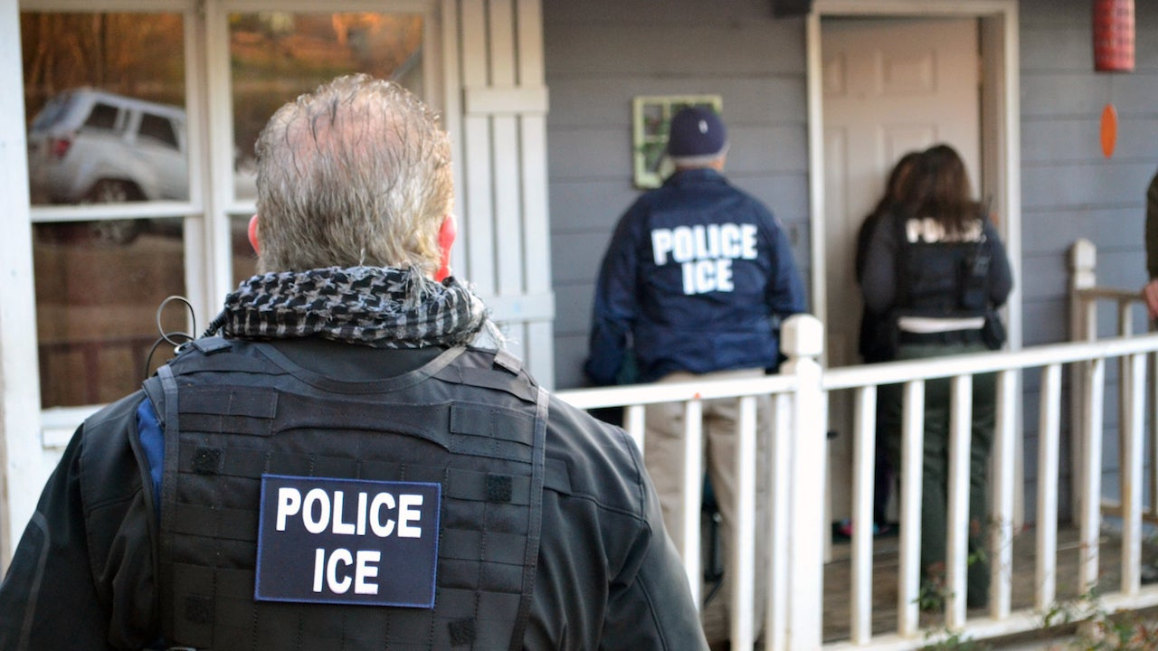 US Federal Agents Are Now Using 'Stingrays' To Track And Capture Undocumented Immigrants