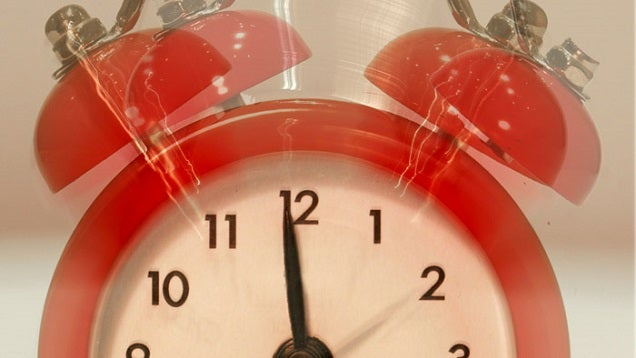 Trick Yourself Into Meeting Self-Set Deadlines by Keeping Them Urgent