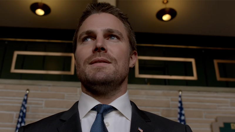 Stephen Amell Is The Reason Arrow Finally Got To Name Drop Batman This Season