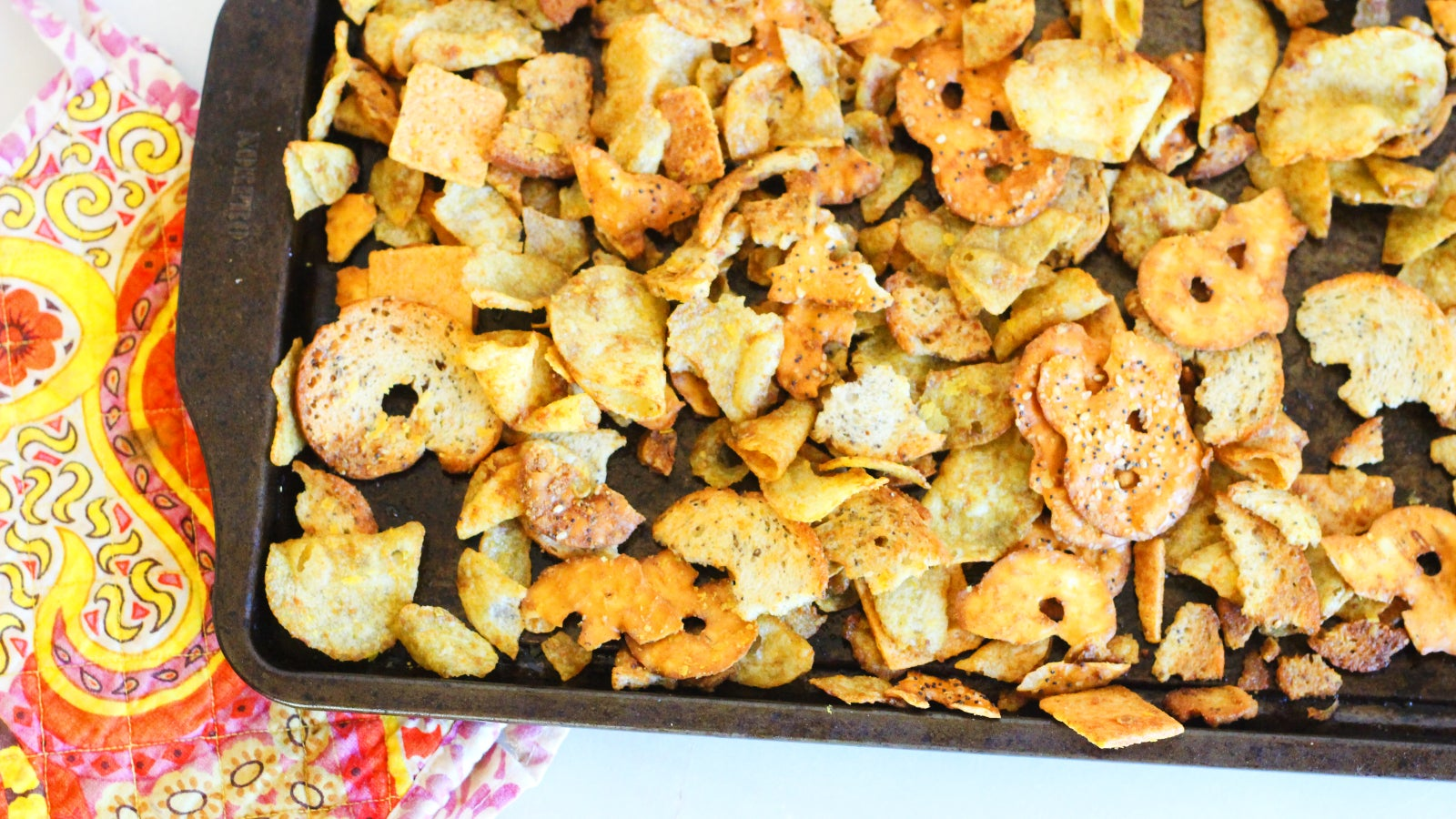 Make This Snack Mix From Leftover Snacks