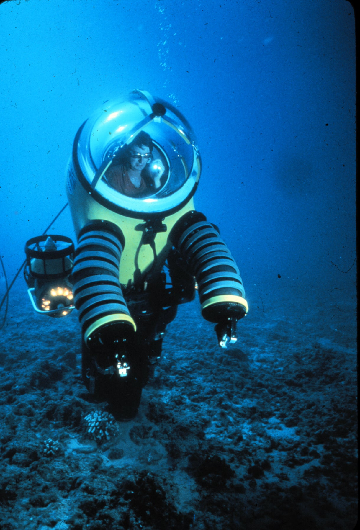 The Evolution Of The Atmospheric Diving Suit | Gizmodo ...