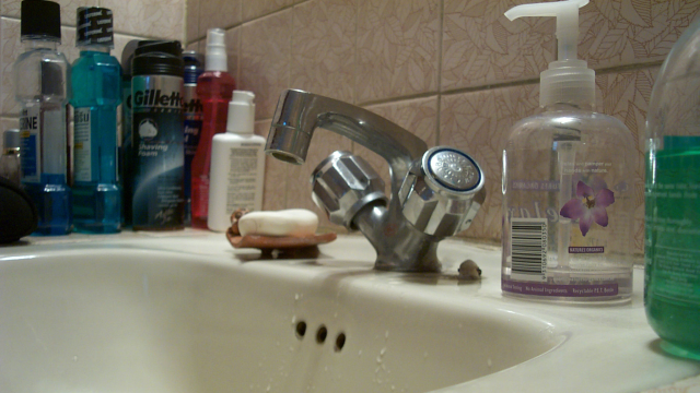 Use Everyday Toiletries in a Basin to Mask Bathroom Smells