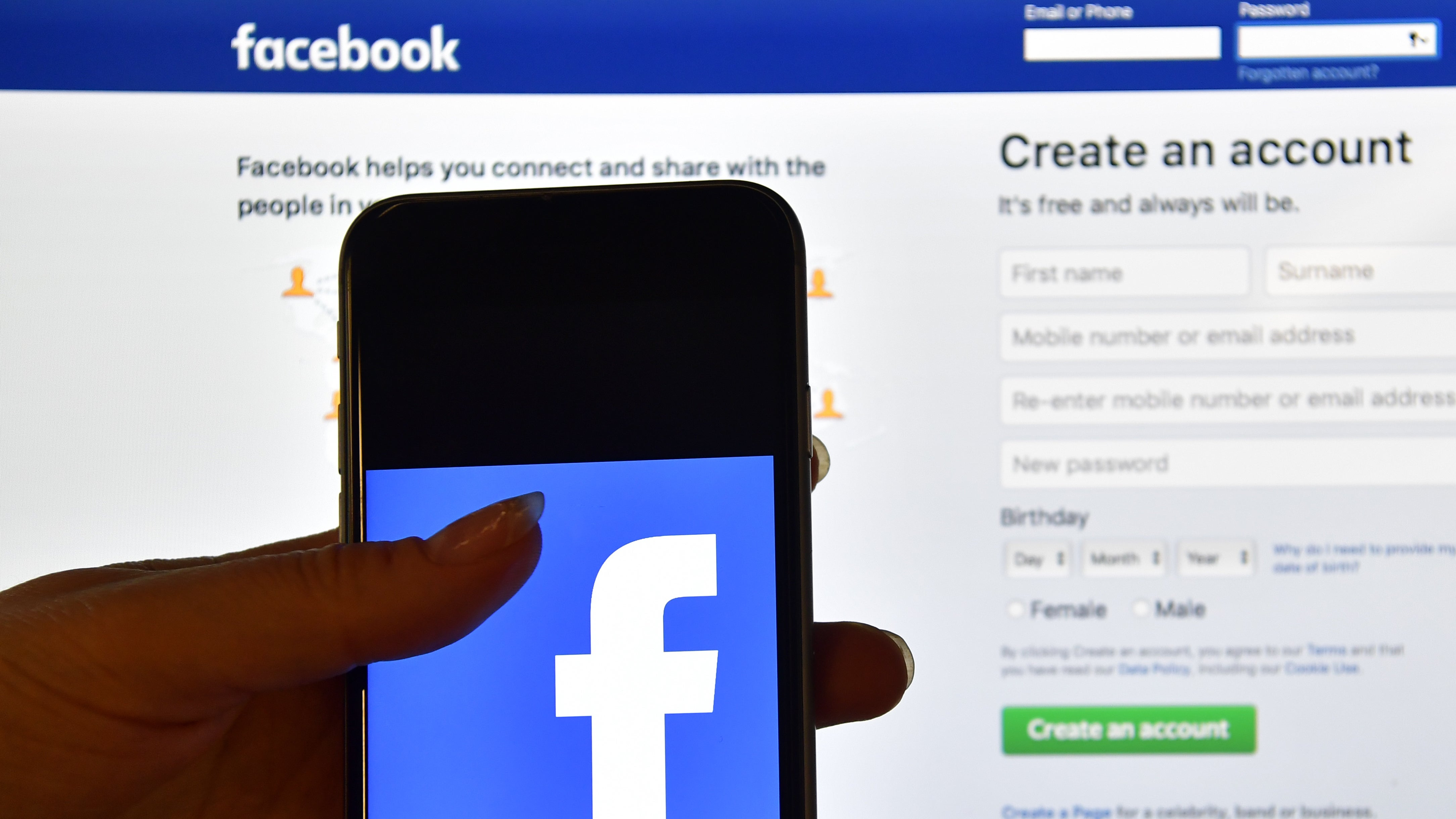 US Police Departments Warn Facebook Users To Stop Allegedly Sharing A Child Abuse Video