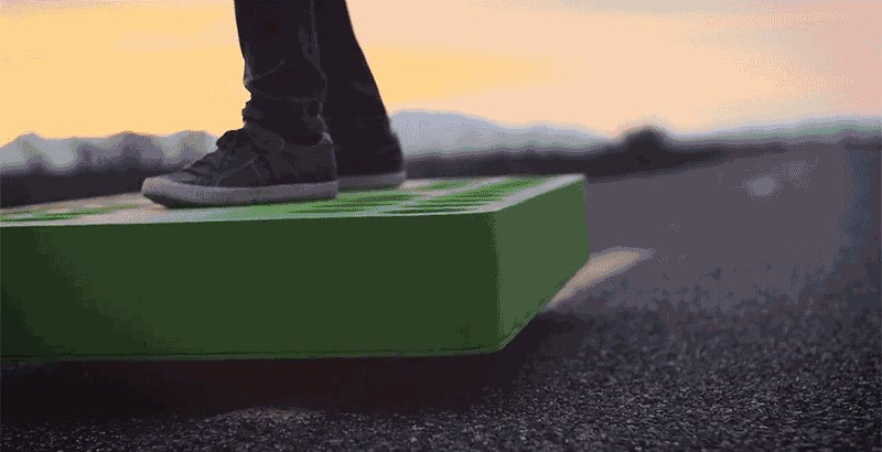 You Can Now Pre-Order this Obscenely Expensive But Working Hoverboard