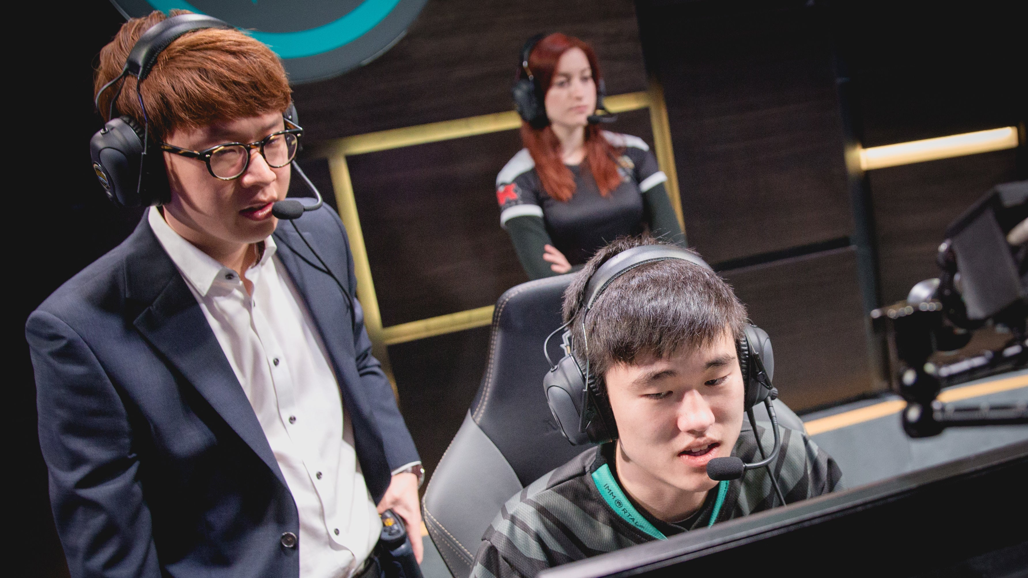 Inside The Growing Coaching Industry Supporting League Of Legends Teams