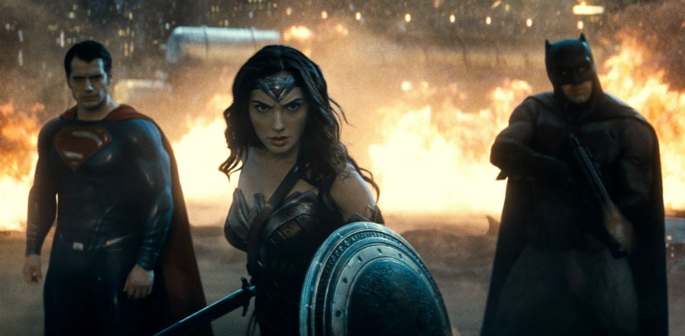 How Batman v Superman Sets the Tone For the Entire DC Movie Universe