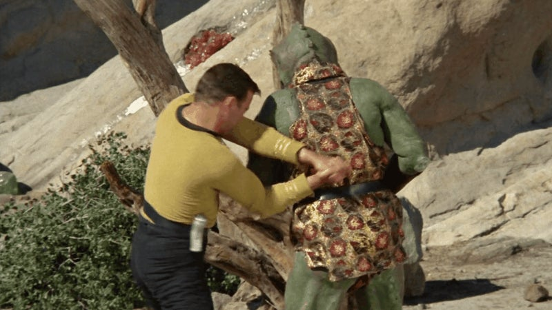 captain-kirk gorn io9 star-trek star-trek-the-original-series