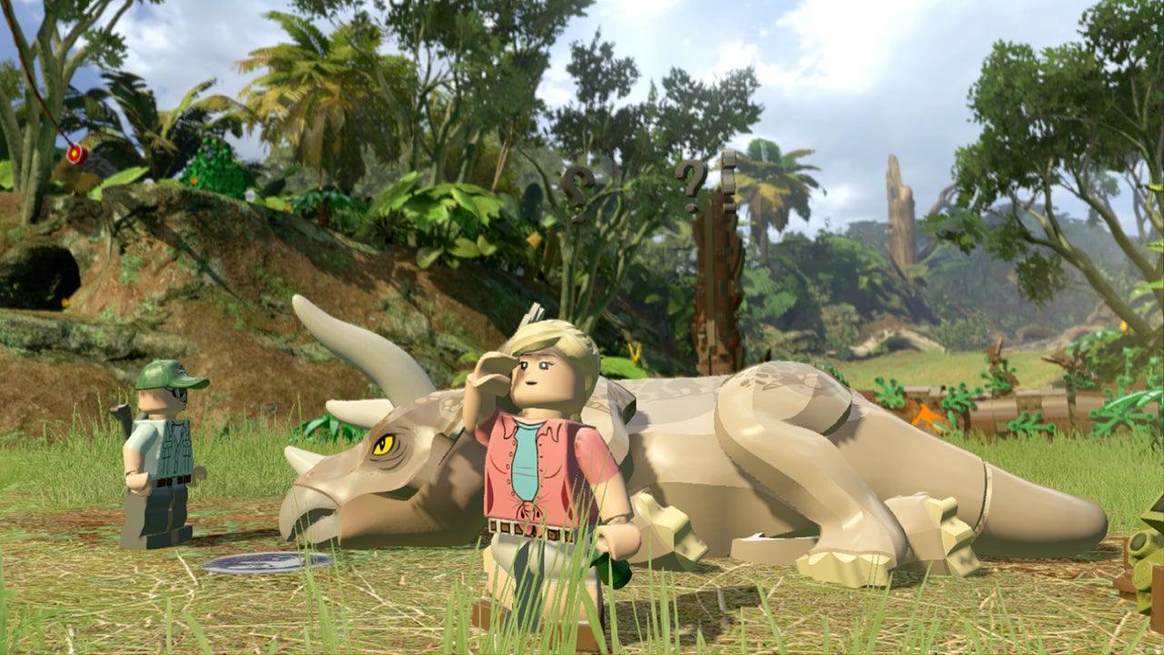 Lego Jurassic World: The Basics