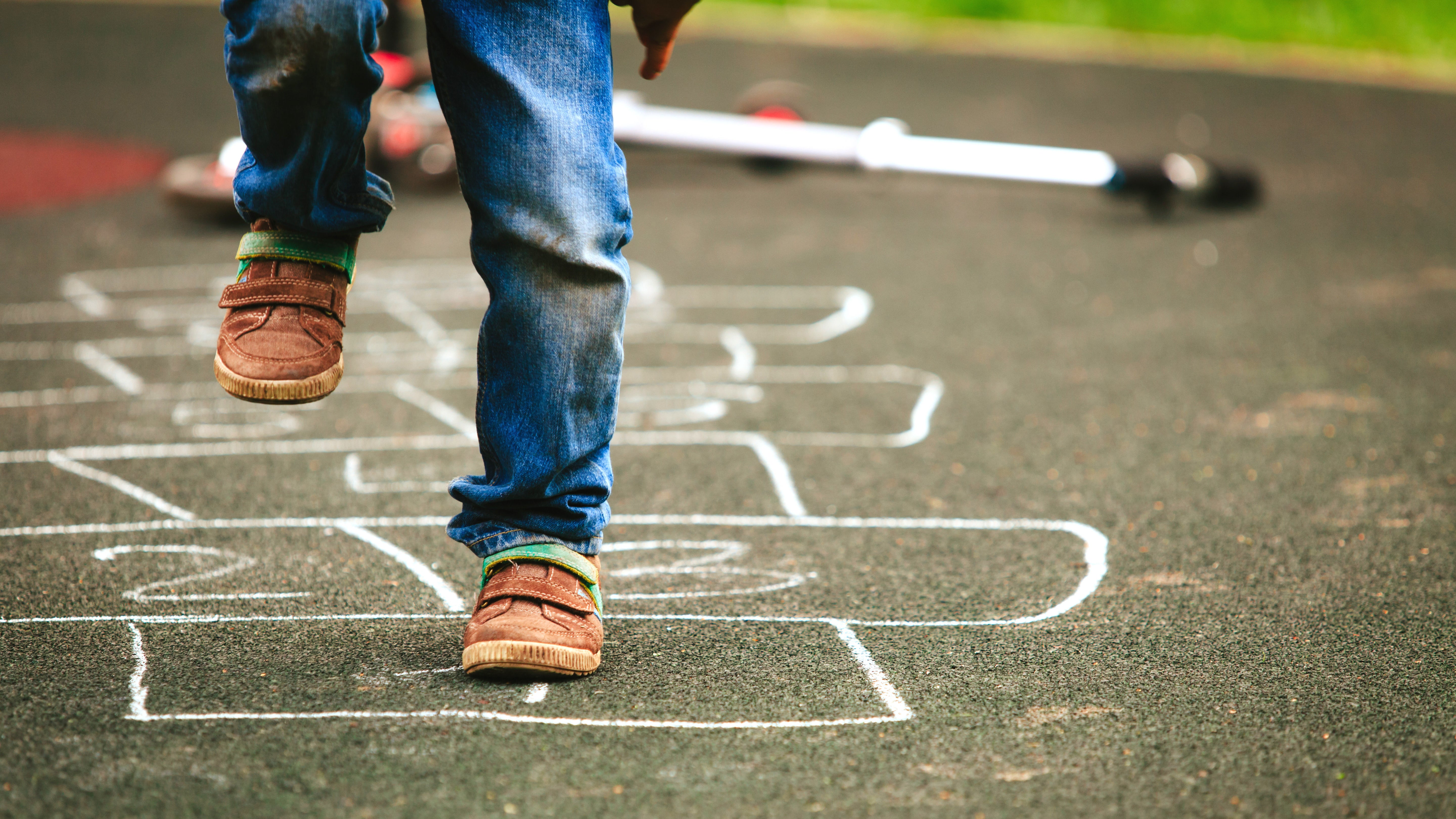 Make An Indoor Hopscotch Game Out Of Bubble Wrap